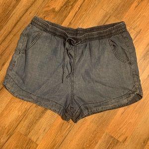 Pants - Universal thread shorts
